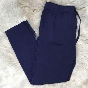 Lululemon Navy crop joggers style pants size 6